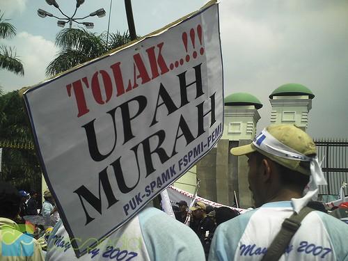 Daftar UMR Tahun 2013 di Indonesia