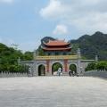 Tam Coc, Sebuah Perjalanan Wisata Alternatif di Vietnam