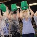 Rahasia Dibalik Tren Ice Bucket Challenge