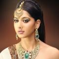 Yuk, Mengenal 3 Jenis Perhiasan Kepala Wanita India