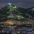 Wah, Italia Punya Pohon Natal Terbesar Lho